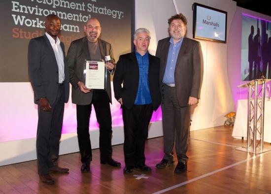 Luke Engleback winning LI Award