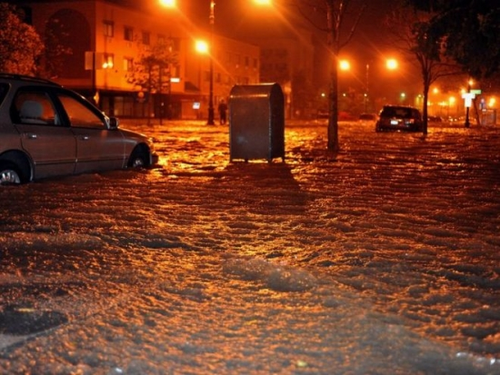 Floods, like this one after Hurricane Sandy, will become more common. Picture credit: fashionstock / 123RF Stock Photo