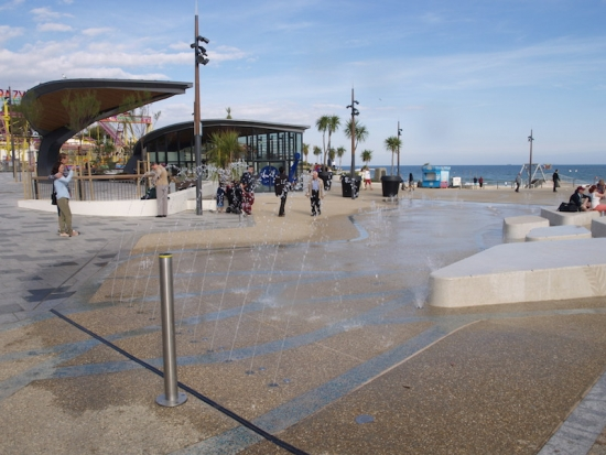 New pier approach transforms Bournemouth